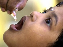 Polio-drops-to-the-children-of-Kanyakumari